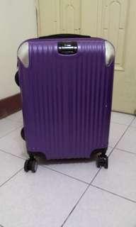 20吋行李箱#十月半價特賣