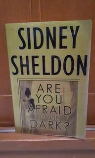 Novel  Sidney Sheldon Are you afraid of the dark (english)