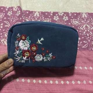 Embroidery pouch