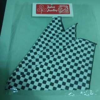 手帕     袋巾     ($3 each)