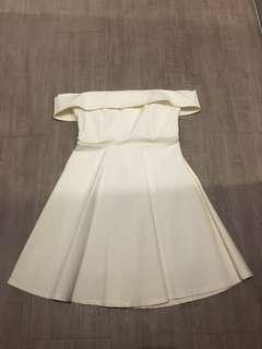 Chocochips white dress