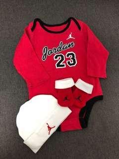 Jordan baby夾衣set 0-6months