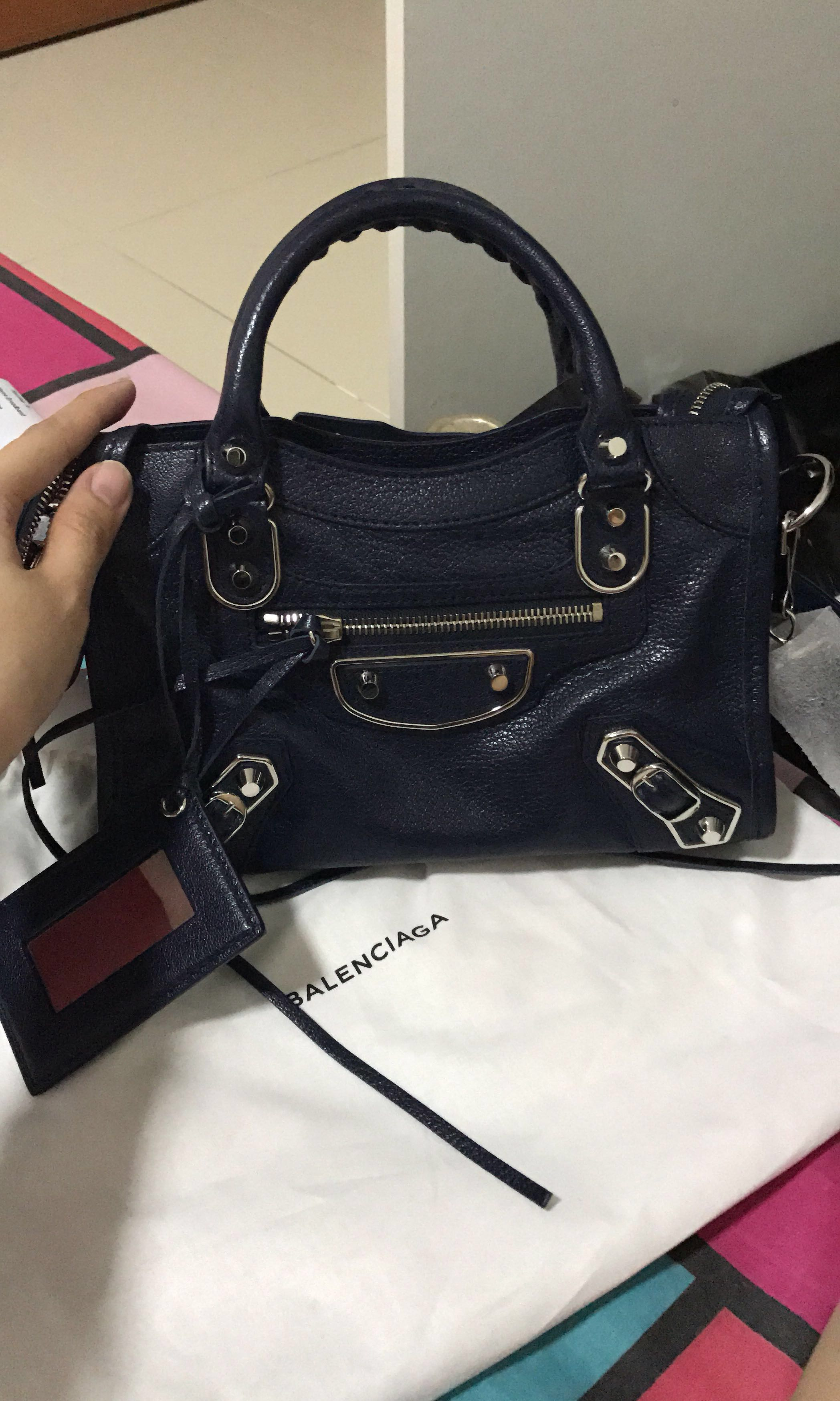 7bf8761f95 Balenciaga Classic Metallic Edge Mini City
