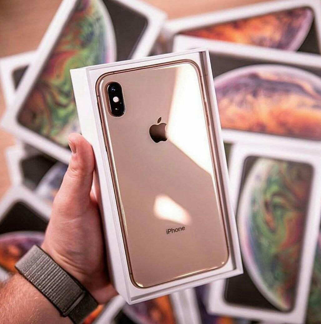 Brand New iPhone Xs Max 256GB Gold For Sale, Mobile Phones