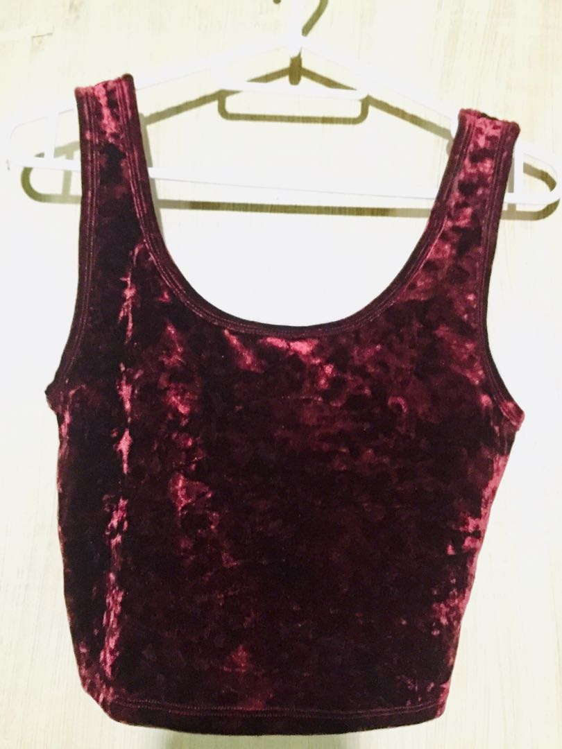 094d4a52a0d4b5 Forever21 Red Velvet Crop Top