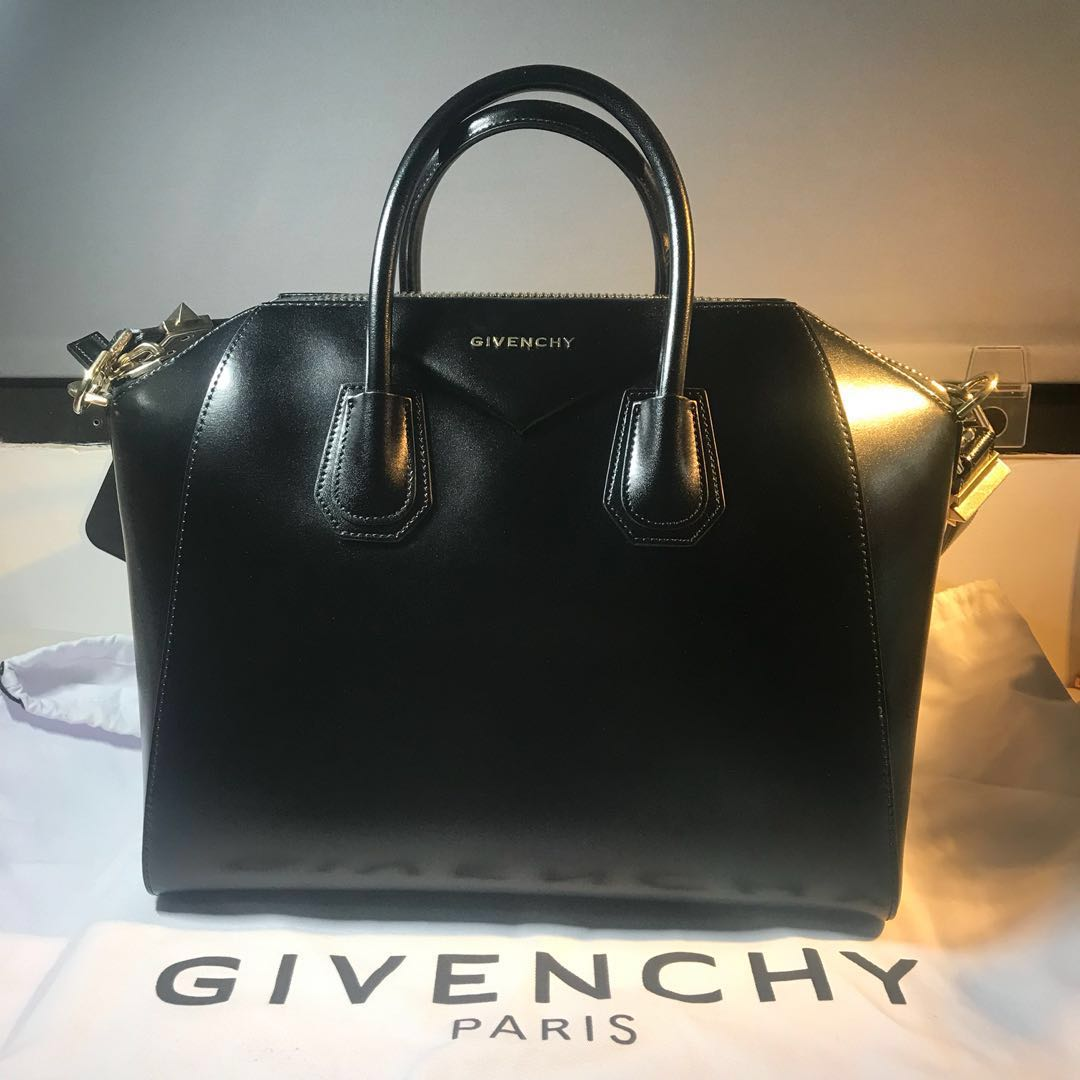 Givenchy Antigona Medium (smooth leather with gold hardware ... e6593acbceda0