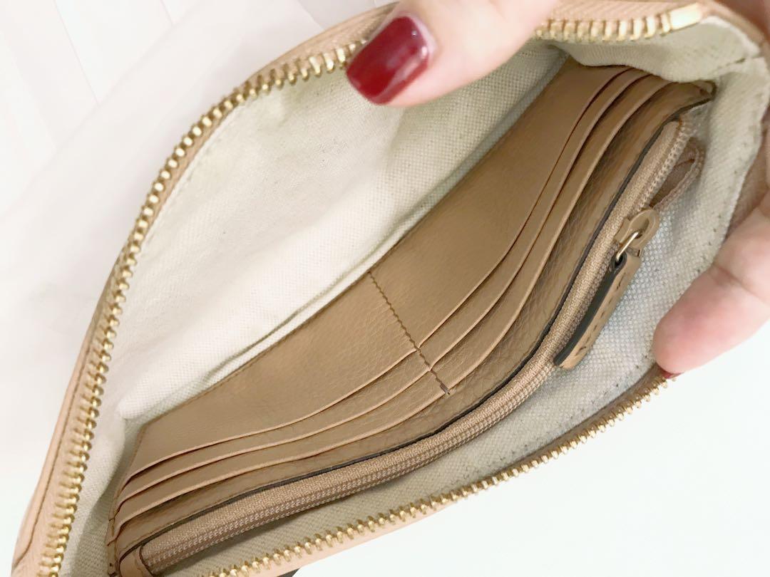 4c302e23a15aba Gucci wristlet Wallet, Women's Fashion, Bags & Wallets on Carousell