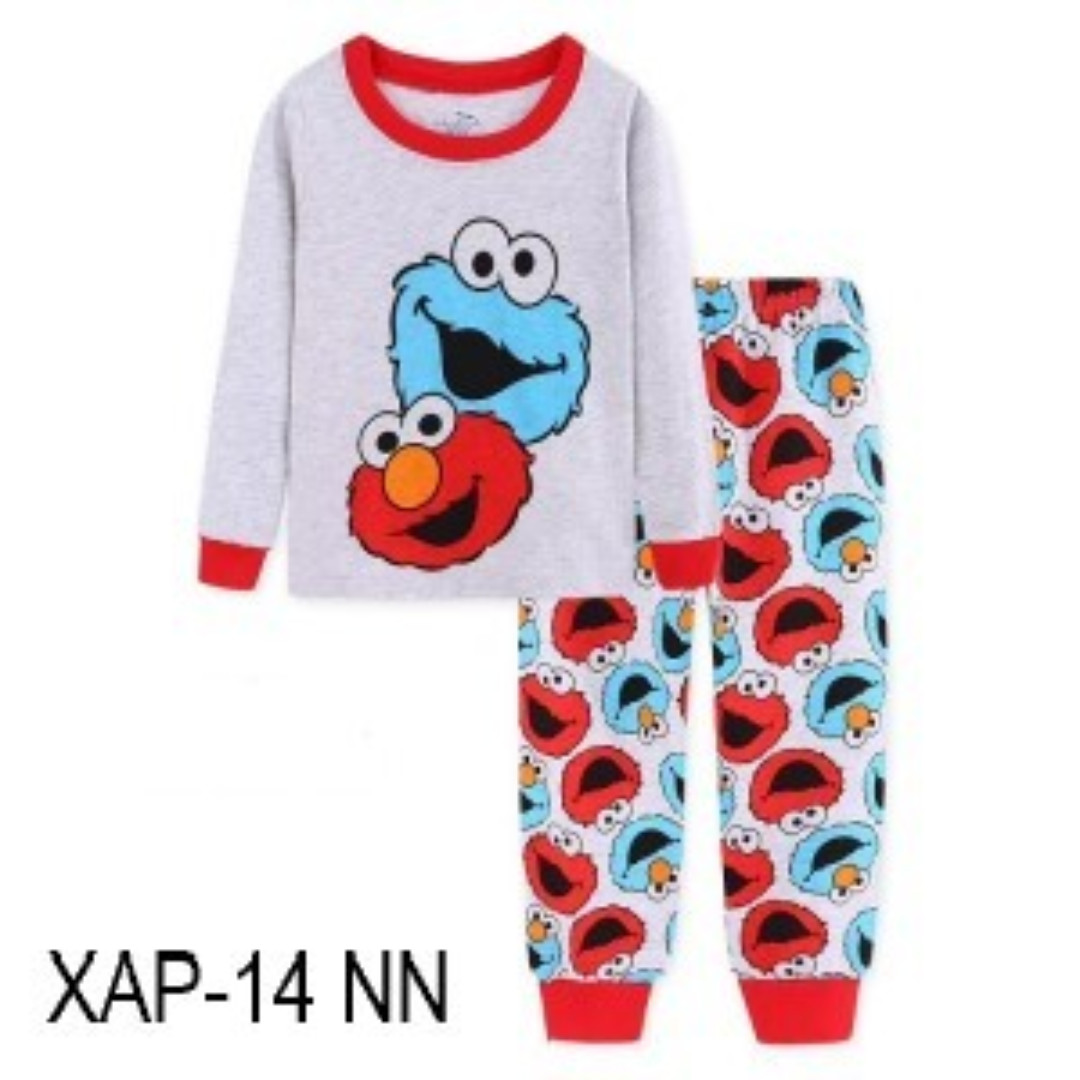 3305d4a2 INSTOCK ELMO PJS, Babies & Kids, Boys' Apparel, 4 to 7 Years on ...