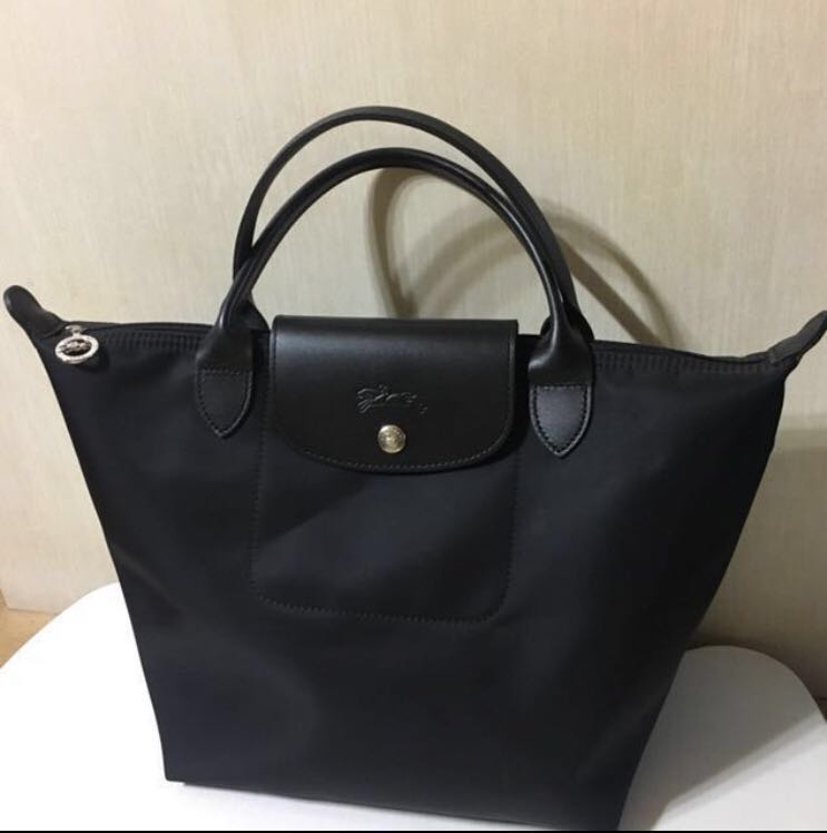 bd17cca54ab Longchamp Modele Depose Black tote bag Le-Pliage (Medium size ...