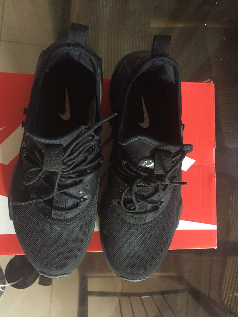 ed53ac4c17de Nike Air Huarache Drift Triple Black