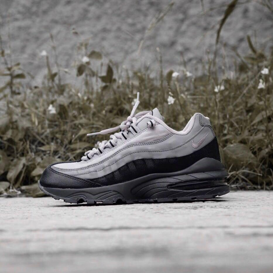 utterly stylish recognized brands genuine shoes Nike Air Max 95 GS Soft Grey/Black, Men's Fashion, Men's ...