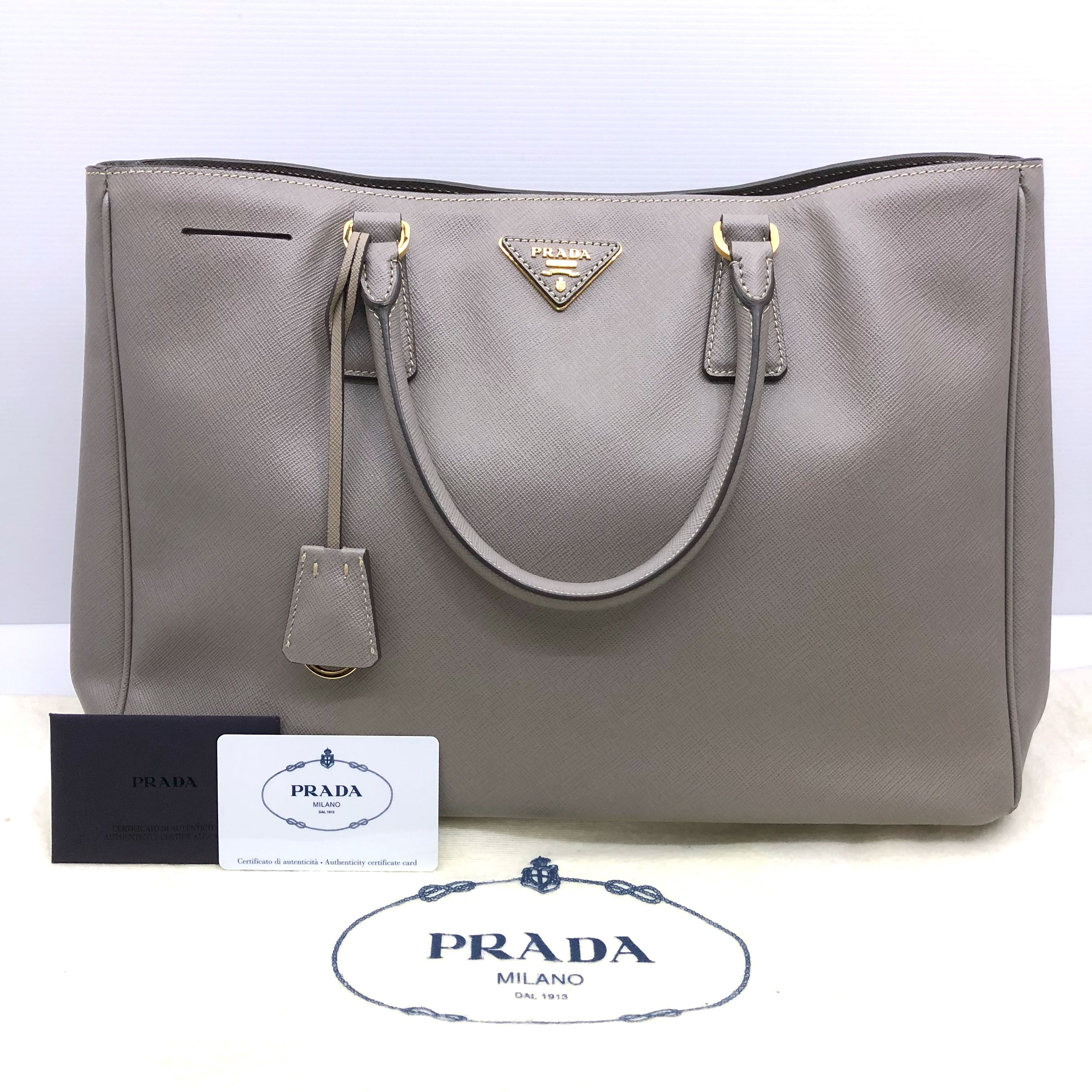 c267161737 ... reduced prada saffiano lux bag 187003535 womens fashion bags wallets  handbags on carousell e68f0 d3da6