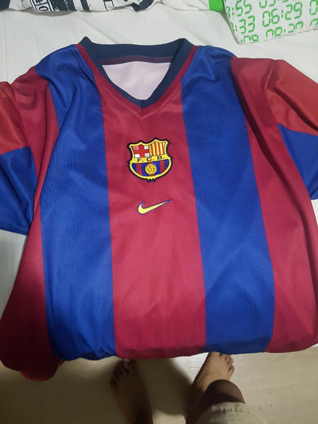 the latest 806eb 6e43d Retro Barcelona Jersey Size M, Sports, Sports Apparel on ...