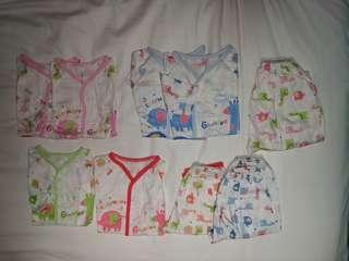 Preloved 0-6 months baby comfy pajamas set of 6