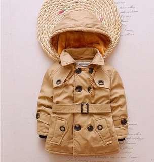 Fleece lined winter coat with detachable hood