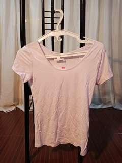 UNIQLO Round Neck T-Shirt
