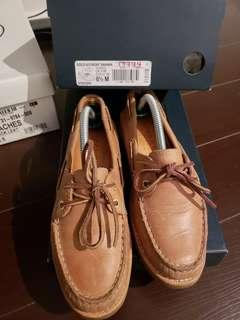 SPERRY GOLD CUP LIKE NEW