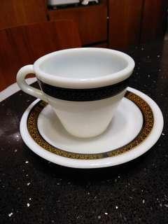 美國50s pyrex 茶杯連碟