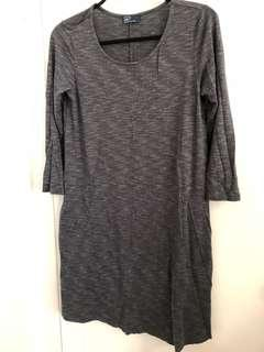 Gap dress size M