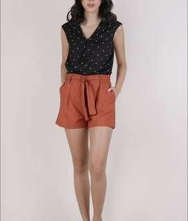 TTR THE TINSEL RACK Bev Pleat Shorts in Rust