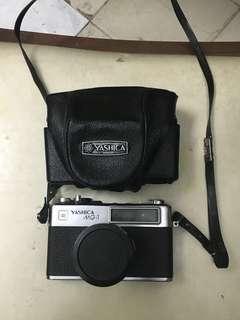 Kamera Lama 1975 Yashica MG-1
