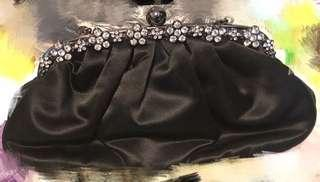 Beams chained clutch bag