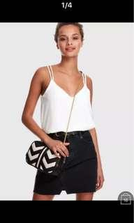 CROSS BACK SOLID STRAPPY TOP