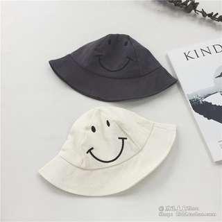 New kids hat cap 兒童哈哈笑米白色漁夫帽 太陽帽