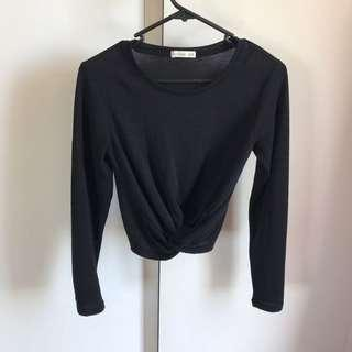 Assorted long sleeve crops size 8