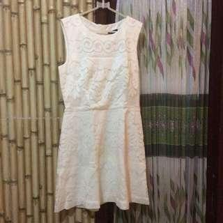 New H&M lace white dress