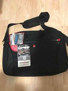 15 INCH SWISS GEAR LAPTOP BAG
