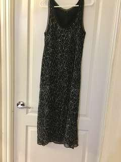 Aritzia - Babaton Floral Dress