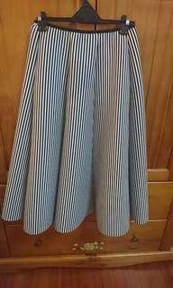 🚚 潛水布條紋圓裙