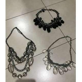 Black & White Necklace Set