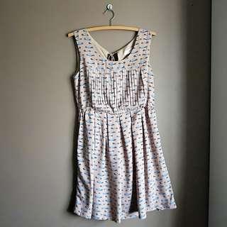 AU 8 Car print dress