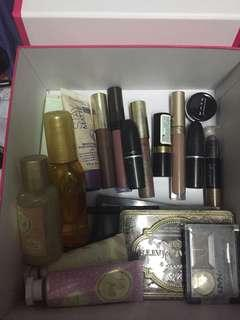 Preloved Authentic Makeup! Price at the details!