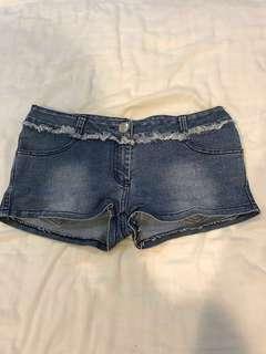 🚚 低腰牛仔短褲 #十月女裝半價