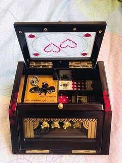 購自韓國古典味熊仔音樂首飾盒