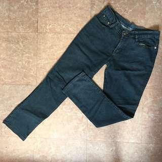 Mid Waist Jeans 💗