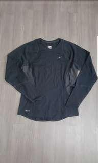 Nike Dri Fit Longsleeves (M) SALE from 550