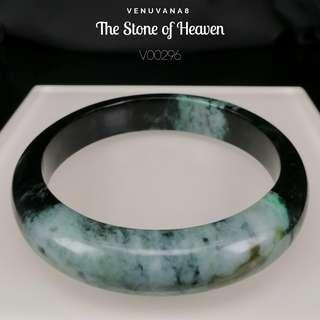 🚚 The Stone of Heaven Burmese Jadiete Bangle(Diameter 63mm Thickness 8mm) -Jadiete is priceless, it is an invaluable stone that is being highly respected and admired since ancient time until today.
