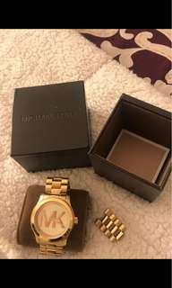 Unisex Micheal kors watch no battery