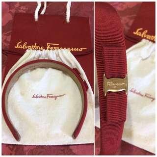original, pre-loved salvatorre ferragamo vara bow thin headband-red