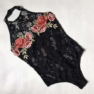 Lace embroid onesie