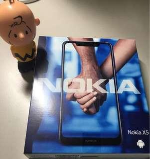 Nokia X5 (nokia 5.1 plus陸版)2018年7月上市,3g + 32g,cpu: P60,黑色,全屏保貼,透明套,僅限一支。