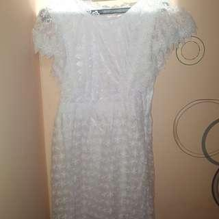 Dress Putih brukat
