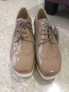 Oxford platform heels