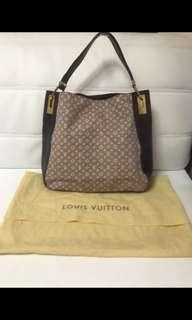 💯 % authentic Louis Vuitton rendez vous