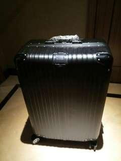 """Rimowa Luggage 24"""""""