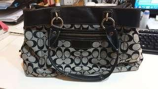2nd Hand Coach Handbag
